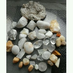 Raw tumbled rock minerals white & frost collection